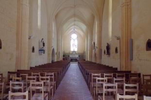 Salles d'Angles - L'église Saint-Maurice - Vue de l'entrée (3 avril 2017)