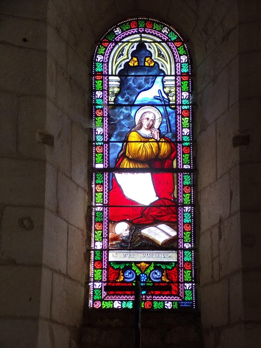 Thors - L'église Sainte-Madeleine - Le vitrail 'Sainte Marie Madeleine' (19 août 2019)