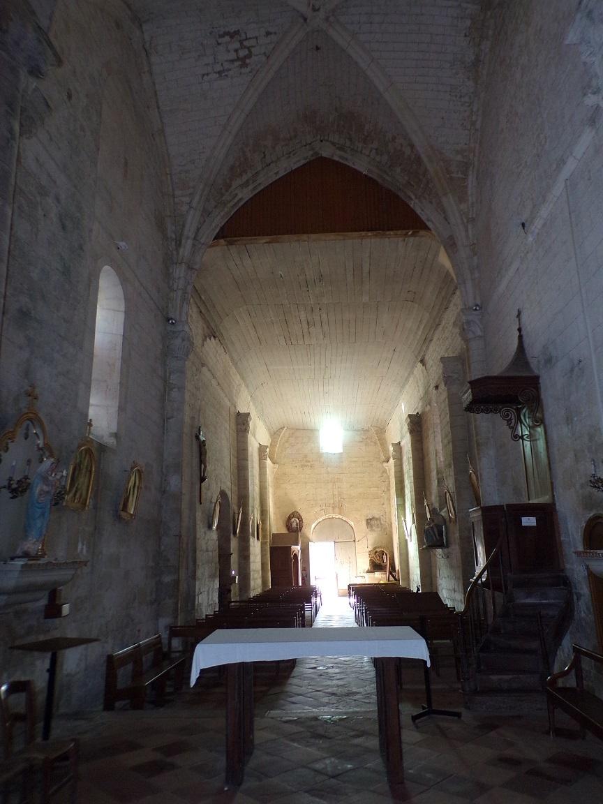 Migron - L'église Saint-Nazaire - Vue de l'autel (29 juin 2019)