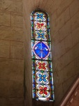 Migron - L'église Saint-Nazaire - Le vitrail 'Constituit cum dominum domus suae' (29 juin 2019)