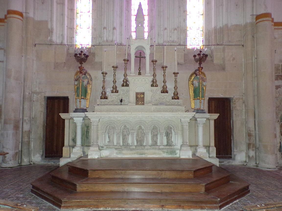Pérignac - L'église Saint-Pierre - L'abside (21 août 2019)