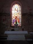 Ballans - L'église Saint-Jacques - L'autel (20 août 2018)