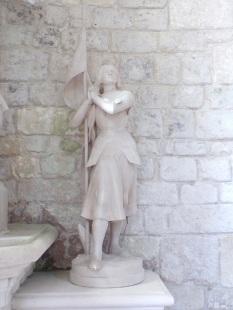 Bonneuil - L'église Saint-Pierre - Jeanne d'Arc (16 juillet 2020)