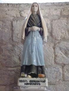 Bonneuil - L'église Saint-Pierre - Sainte Bernadette Soubirous (16 juillet 2020)