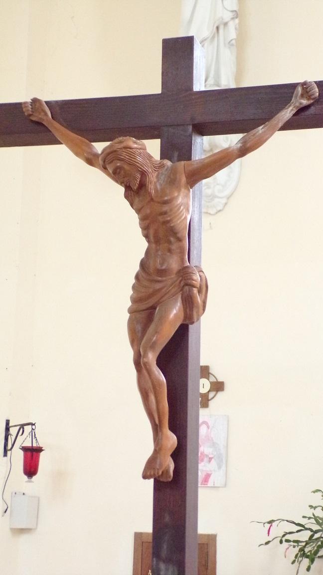 Boutiers - L'église Saint-Antoine - Le Crucifix (23 avril 2018)