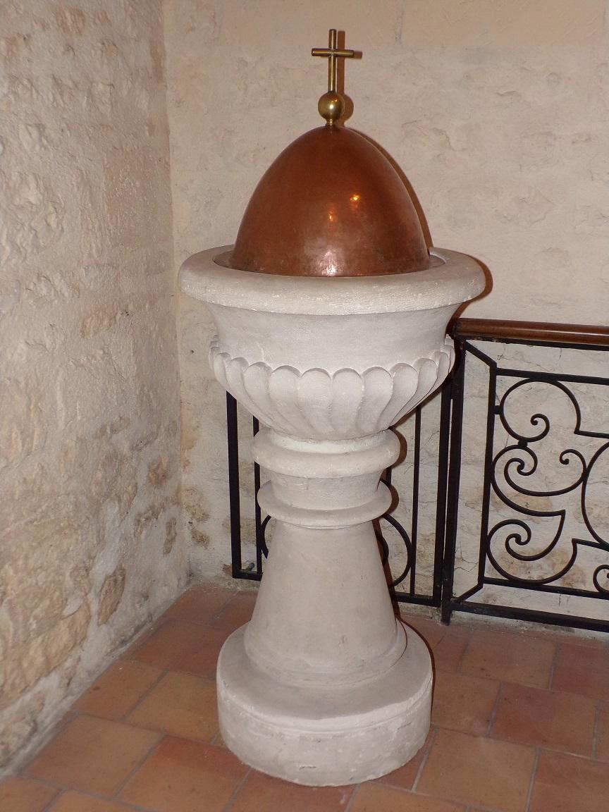 Châteaubernard - La chapelle Saint-Jean - Fonts baptismaux (24 septembre 2018)