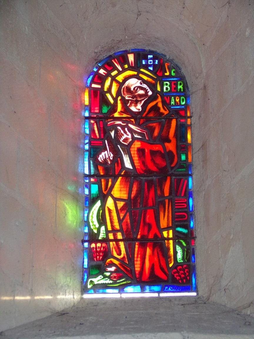 Châteaubernard - La chapelle Saint-Jean - Le vitrail ' Saint Bernard' (24 septembre 2018)