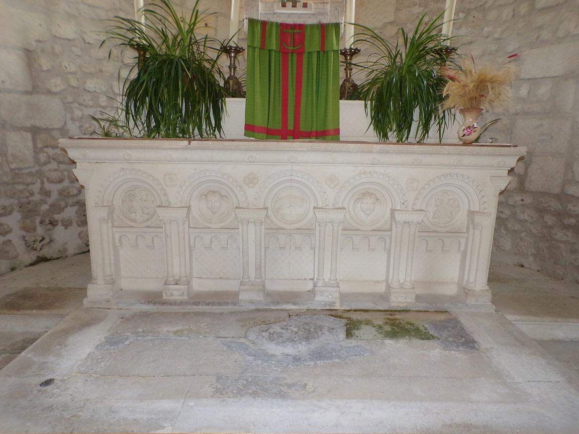 Dompierre-sur Charente - L'église Saint-Blaise - L'abside (8 juin 2018)