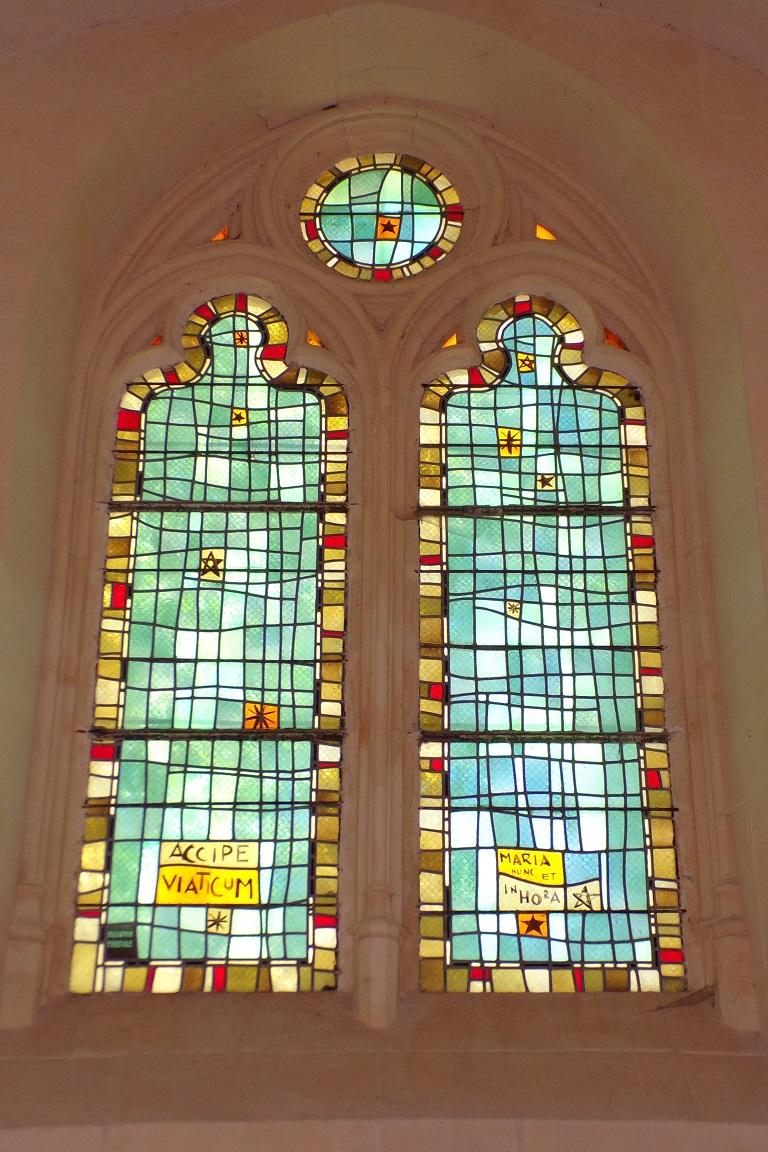 Saint-Sulpice de Cognac - L'église Saint Sulpice - Les vitraux 'ACCIPE VIATICUM, MARIA NUNC ET INHORA' (12 avril 2017)