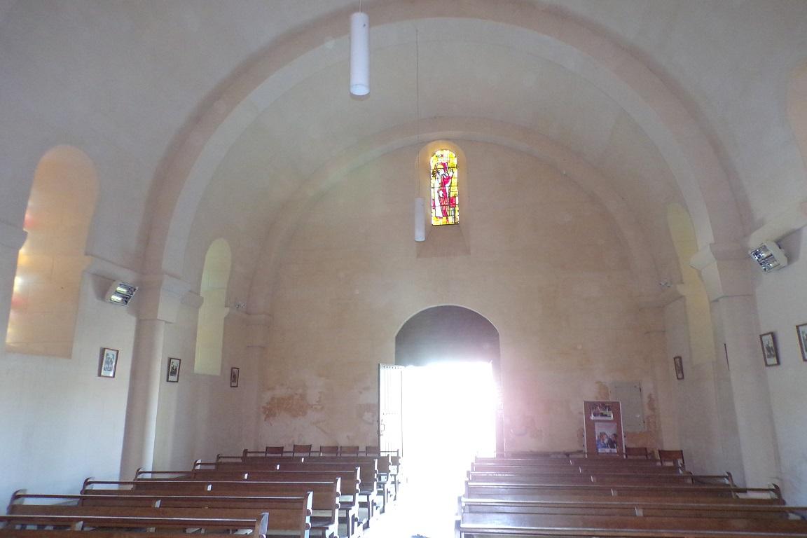 Saint-Sulpice de Cognac - L'église Saint Sulpice - Vue de l'autel (12 avril 2017)