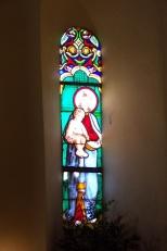 Burie - L'église Saint-Léger - Un vitrail (13 avril 2017)