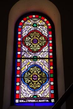 Fleurac - L'église Sainte-Élisabeth - Le vitrail 'Don de J Tiphon et L. Martin' (15 juin 2017)