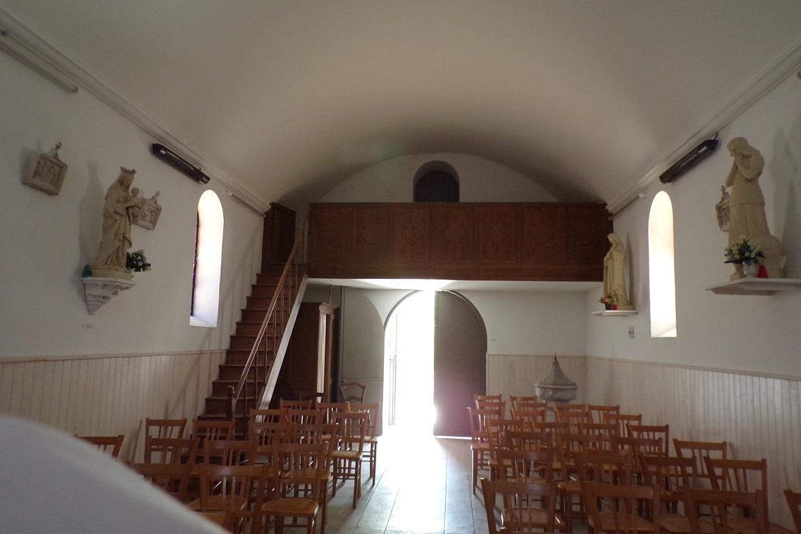 Fleurac - L'église Sainte-Élisabeth - Vue de l'autel (15 juin 2017)