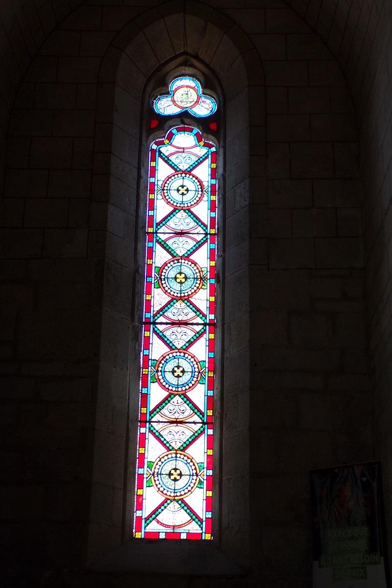 Mérignac - L'église Saint-Pierre - Un vitrail (10 juin 2017)