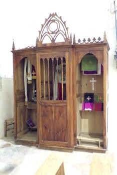 Sonnac - L'église Saint-Etienne - Le confessionnal (2 janvier 2018)