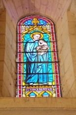 Gensac-la-Pallue – L'église Saint-Martin – Le vitrail 'Saint Vincent de Paul' (8 août 2017)