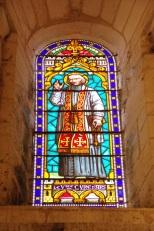 Gensac-la-Pallue – L'église Saint-Martin – Le vitrail 'Le Vble curé d'Ars' (8 août 2017)
