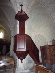 Germignac - L'église Saint-Pierre - La chaire (17 juillet 2018)