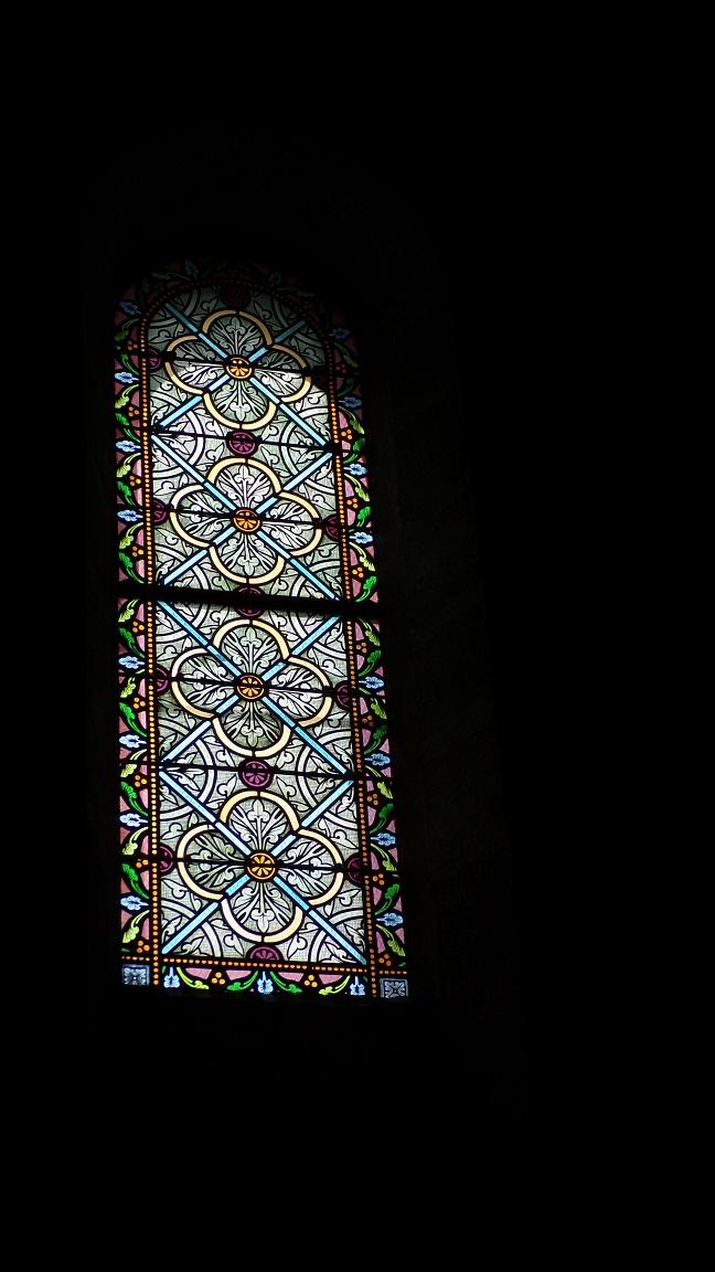Gimeux - L'église Saint-Germain - Un vitrail (5 avril 2018)