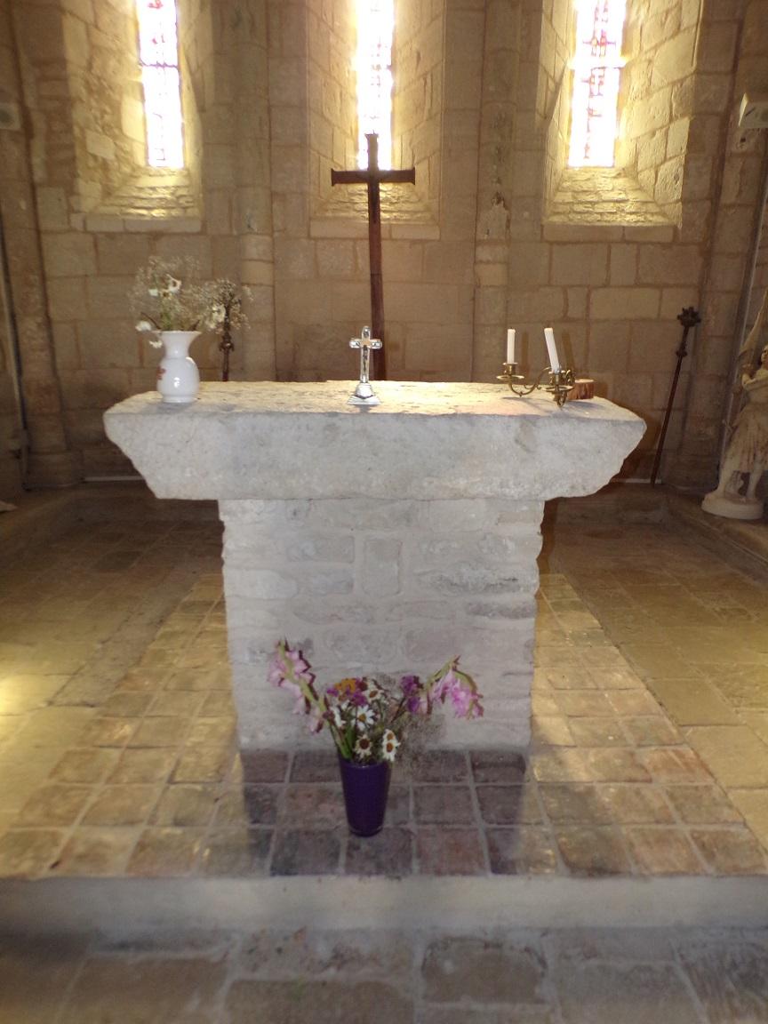 Houlette - L'église Saint Martin - L'autel (19 juillet 2020)