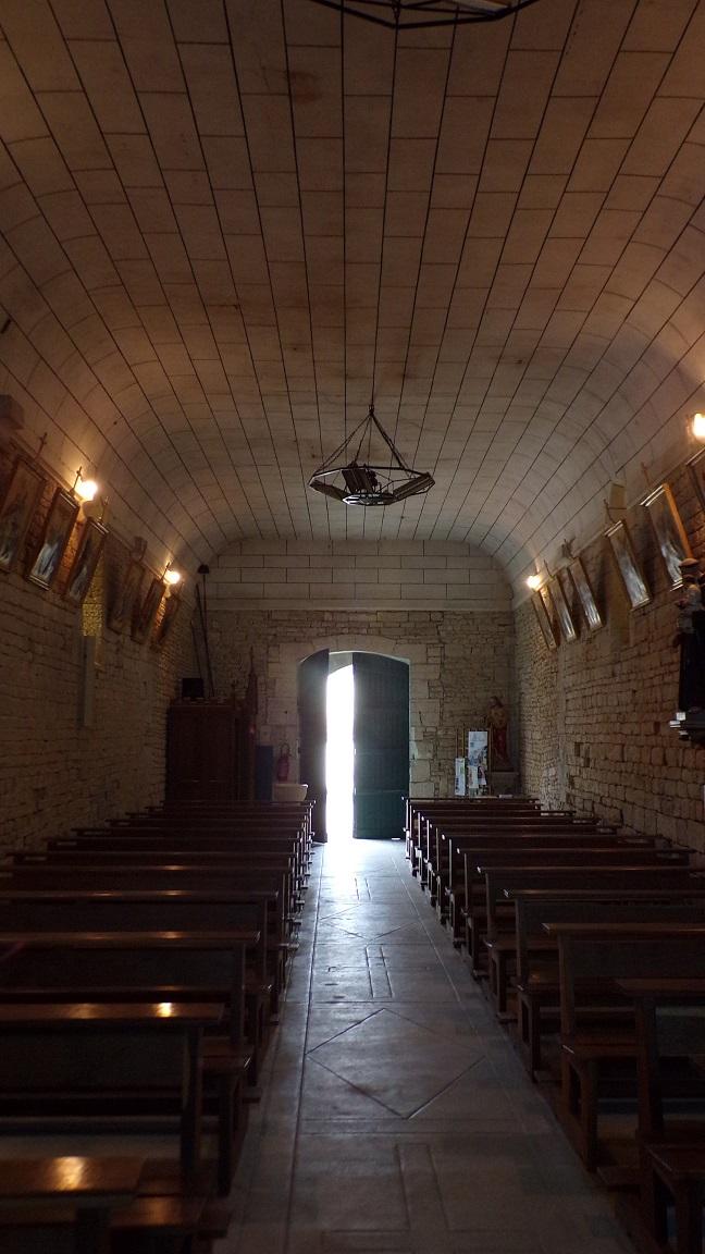 Réparsac - L'église Saint-Pierre - Vue de l'autel (10 avril 2018)
