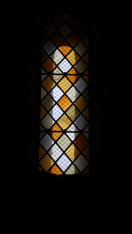 Réparsac - L'église Saint-Pierre - Un vitrail (10 avril 2018)