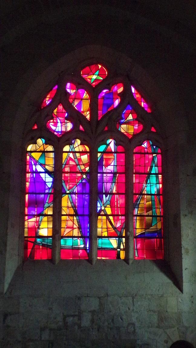 Macqueville - L'église Saint-Etienne - Un vitrail (27 avril 2018)