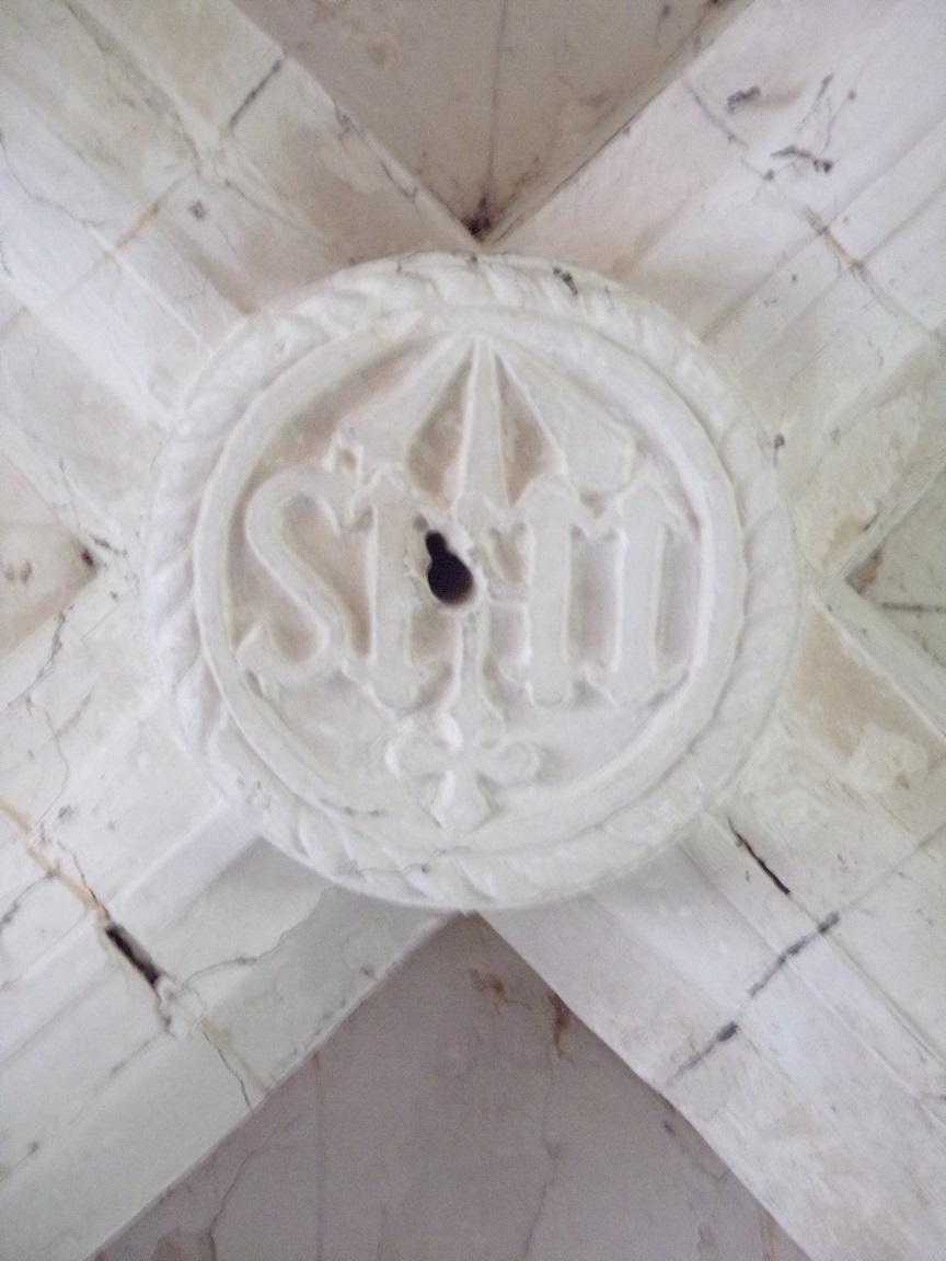 Mareuil - L'église Notre-Dame - Une clef de voûte (21 août 2018)