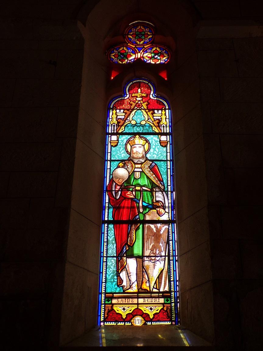 Mareuil - L'église Notre-Dame - Le vitrail 'Saint Henri' (21 août 2018)