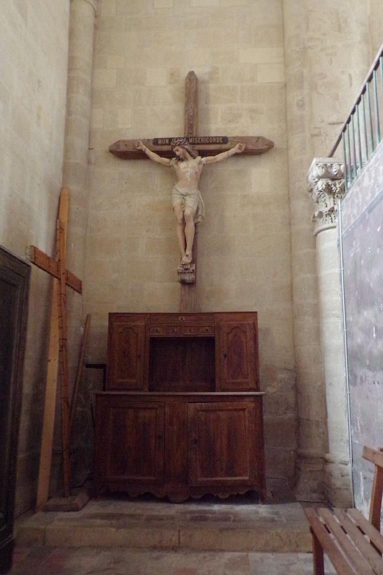 Matha - L'église Saint-Hérie - Le Crucifix (21 juillet 2017)