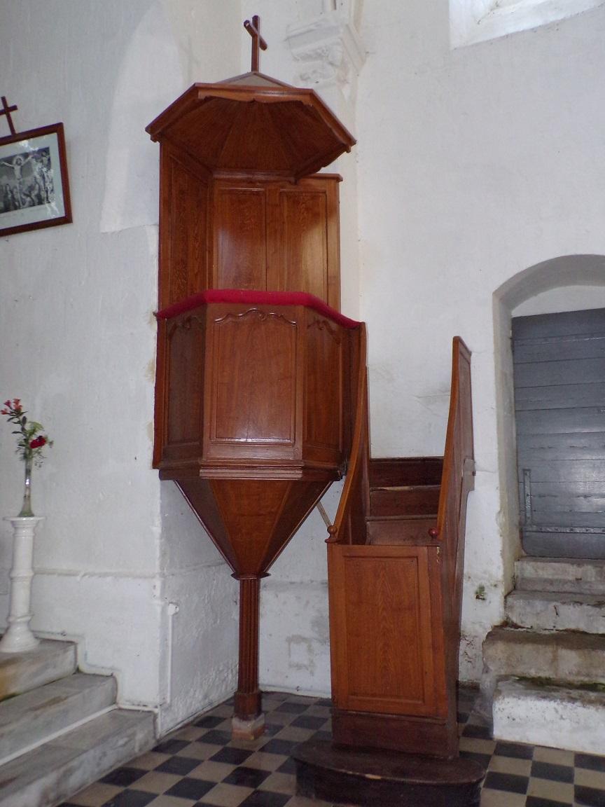 Montils - L'église Saint-Sulpice - La chaire (25 juin 2018)