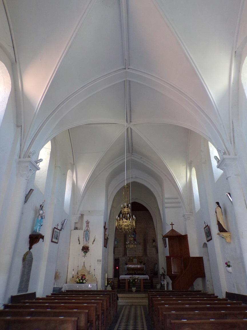 Montils - L'église Saint-Sulpice - Vue de l'entrée (25 juin 2018)