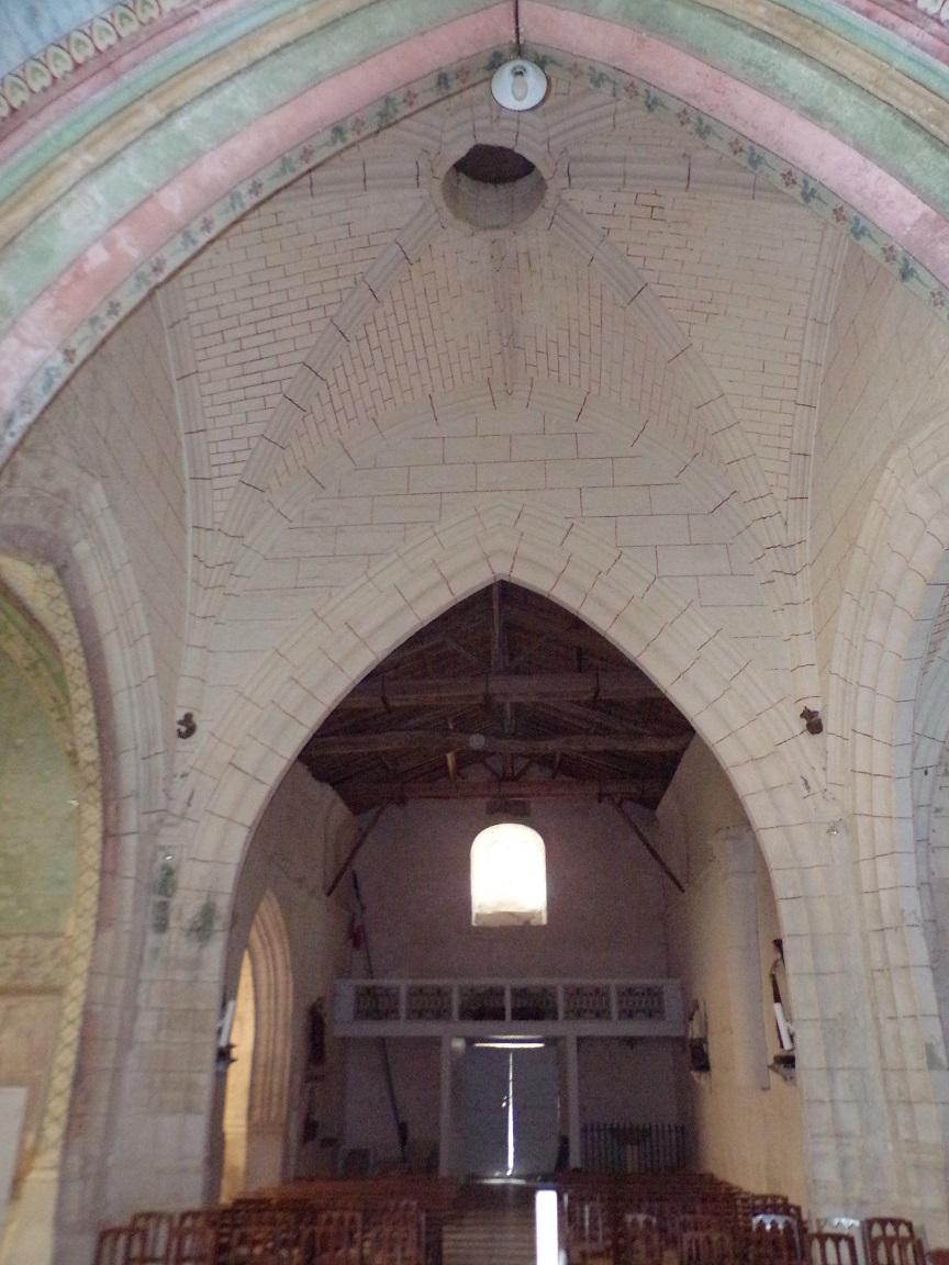 Neuvicq-le-Château - L'église Saint-Martin - Vue de l'autel (16 septembre 2018)