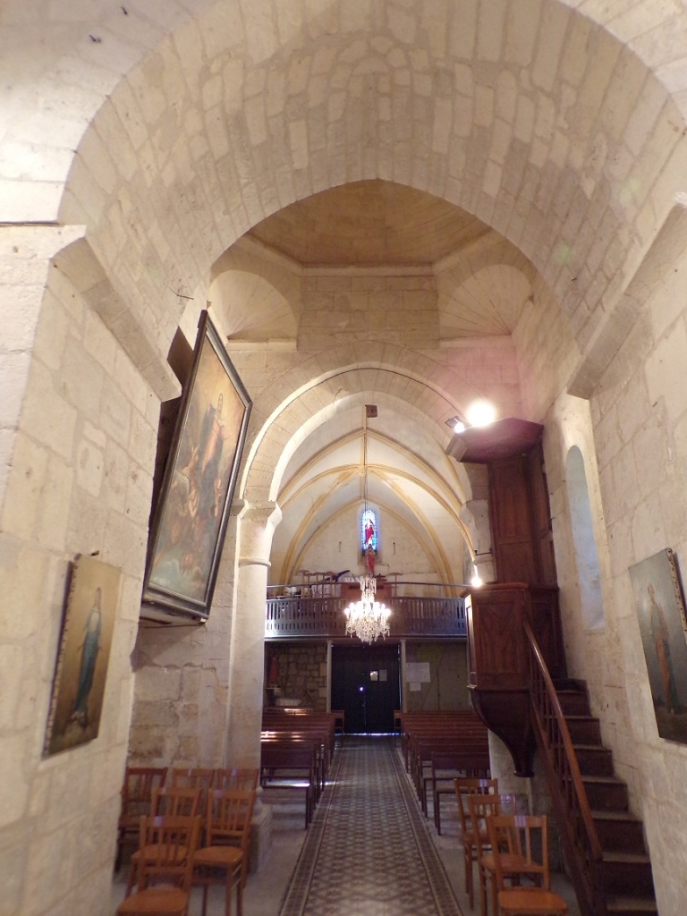 Saint-Brice - L'église Saint-Brice - Vue de l'autel (25 juillet 2018)