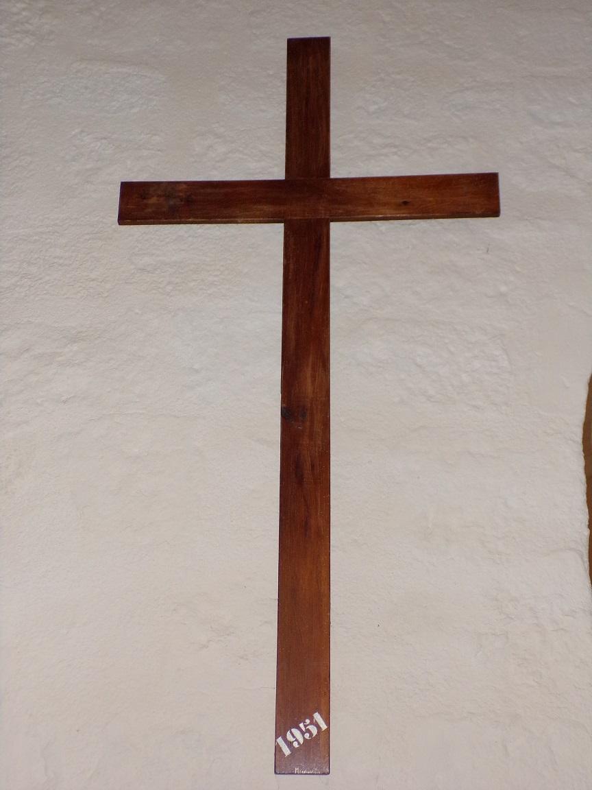 Saint-Laurent de Cognac - L'église Saint-Laurent - La croix datée 1951 (31 mai 2018)