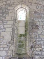 Saint-Preuil - L'église Saint-Projet - Une fenêtre (20 juin 2018)