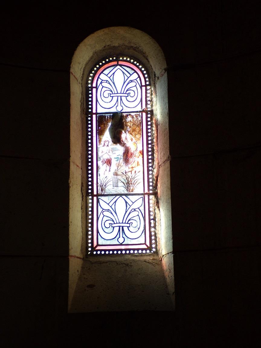 Sainte-Sévère - L'église Saint Augustin - Le vitrail 'Ange' (23 juillet 2018)