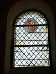 Salignac-sur-Charente - L'église Saint-Louis - Un vitrail (27 juin 2018)