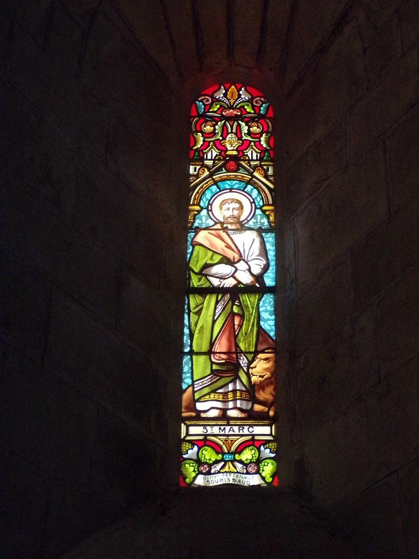 Sigogne - L'église Saint-Martin - Le vitrail 'Saint-Marc' (29 juillet 2019)