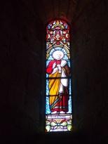 Sigogne - L'église Saint-Martin - Le vitrail 'Saint-Pierre' (29 juillet 2019)