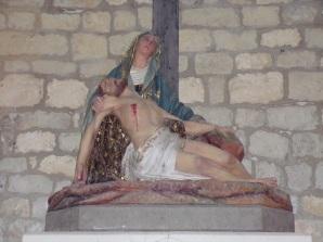 Verrières - L'église Saint-Palais - Marie, Jésus descendu de la croix (7 mai 2018)