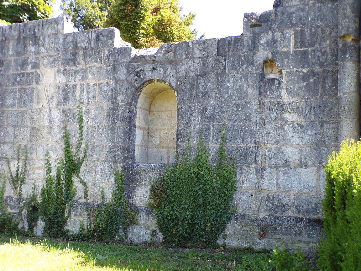 Bassac - L'ancienne église Saint-Nicolas (22 juin 2020)