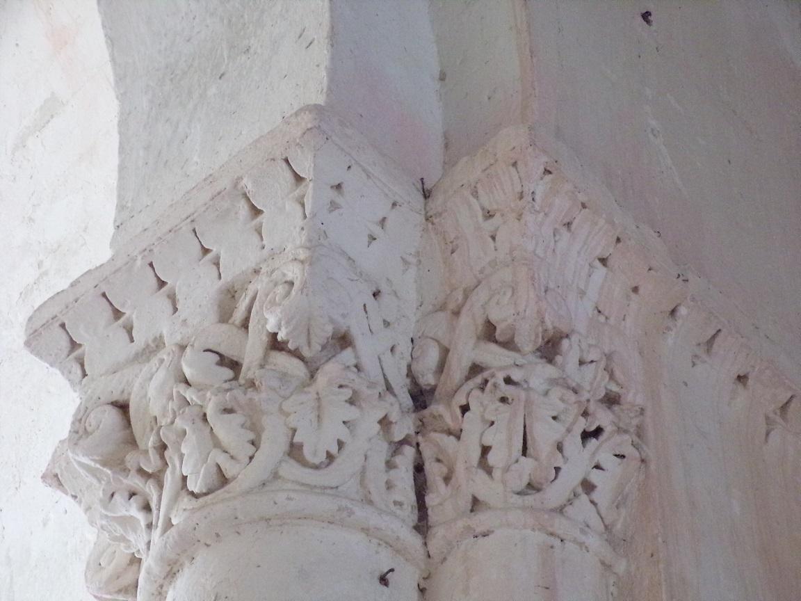 Brie-sous-Matha - L'église Saint-Pierre - Un modillon (13 août 2018)