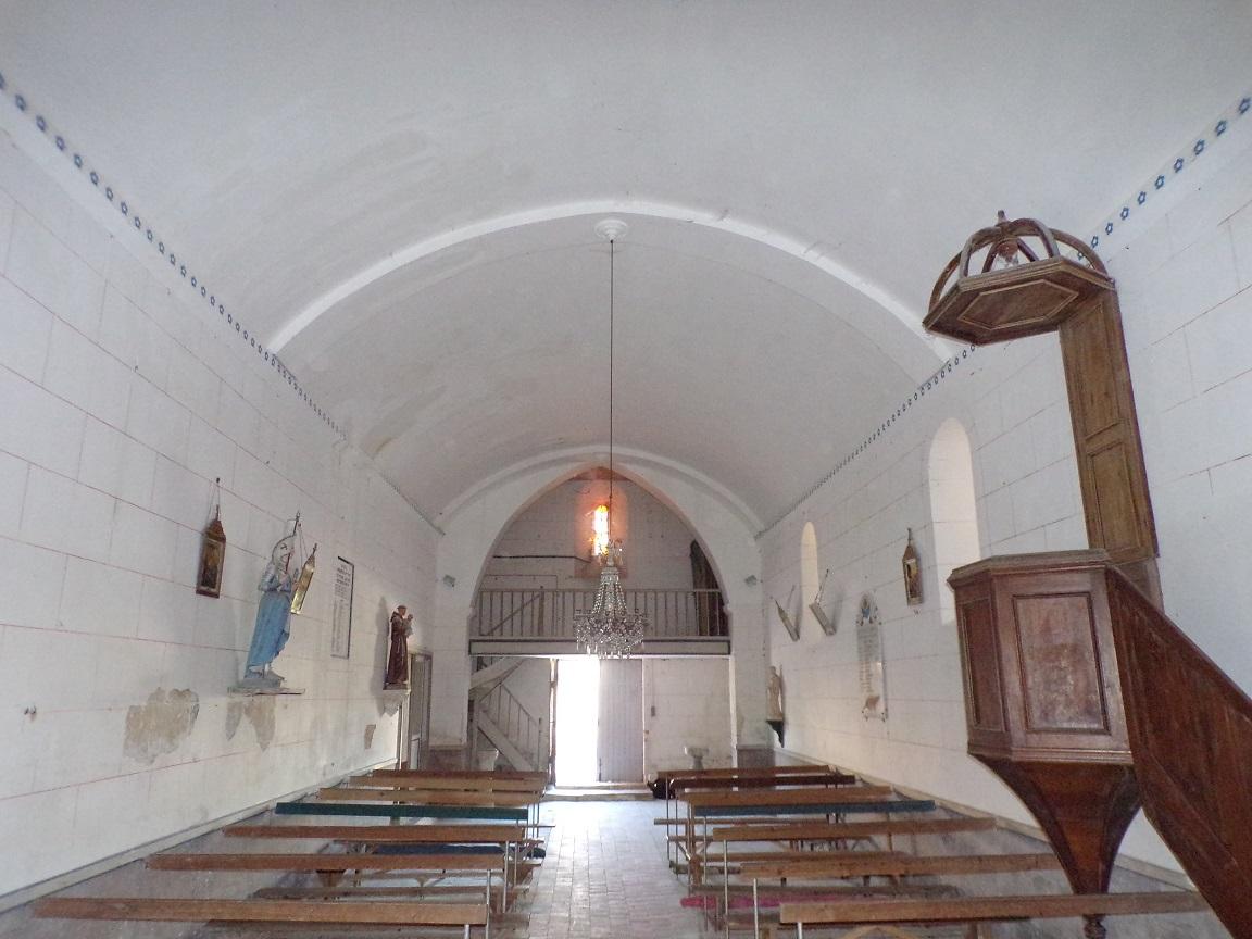 Courbillac - L'église d'Herpes - Vue de l'autel (23 juillet 2018)