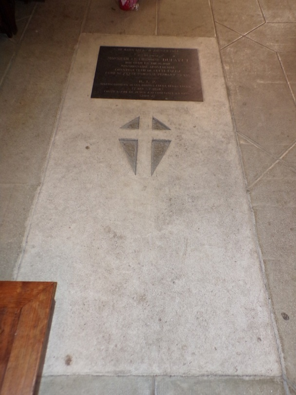 Église Saint-Martin, du Sacré-Coeur - Tombe du chanoine Dufayet (2 janvier 2019)