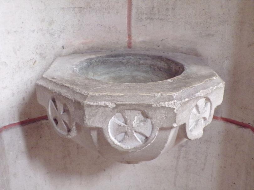Église Saint-Martin, du Sacré-Coeur - Un bénitier (19 mars 2021)