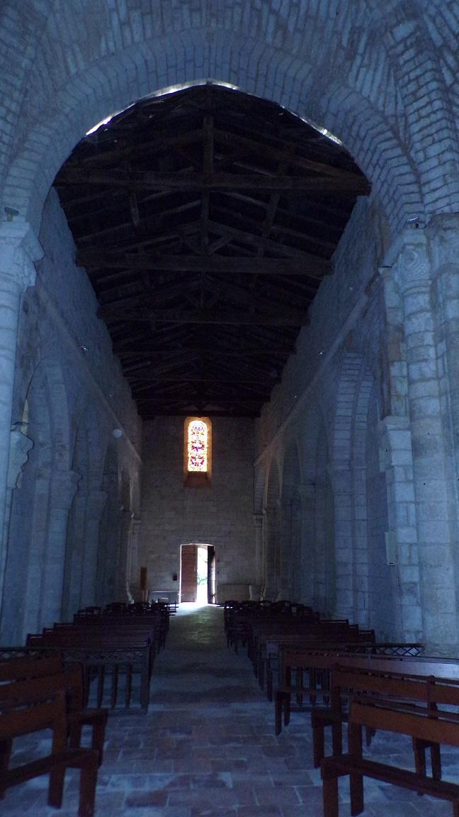 Macqueville - L'église Saint-Etienne - Vue de l'autel (27 avril 2018)