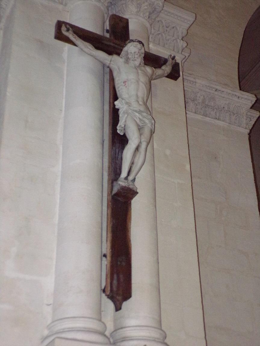 rue Aristide Briand - L'église Saint-Léger - Le Crucifix (13 août 2016)