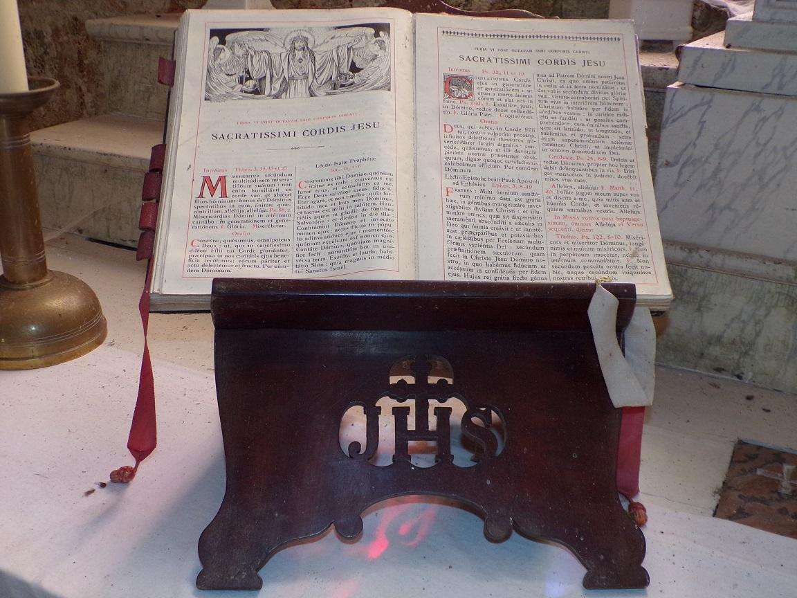 Ballans - L'église Saint-Jacques - La bible (20 août 2018)