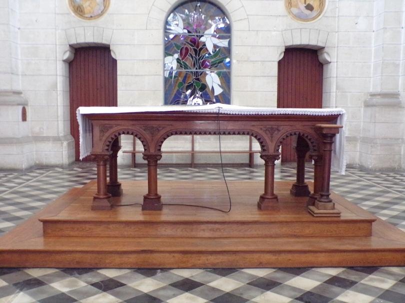 Eglise Saint Antoine – L'autel (19 mars 2021)